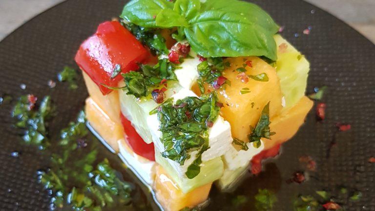 Rubik's cube fraîcheur au melon, sauce menthe-basilic