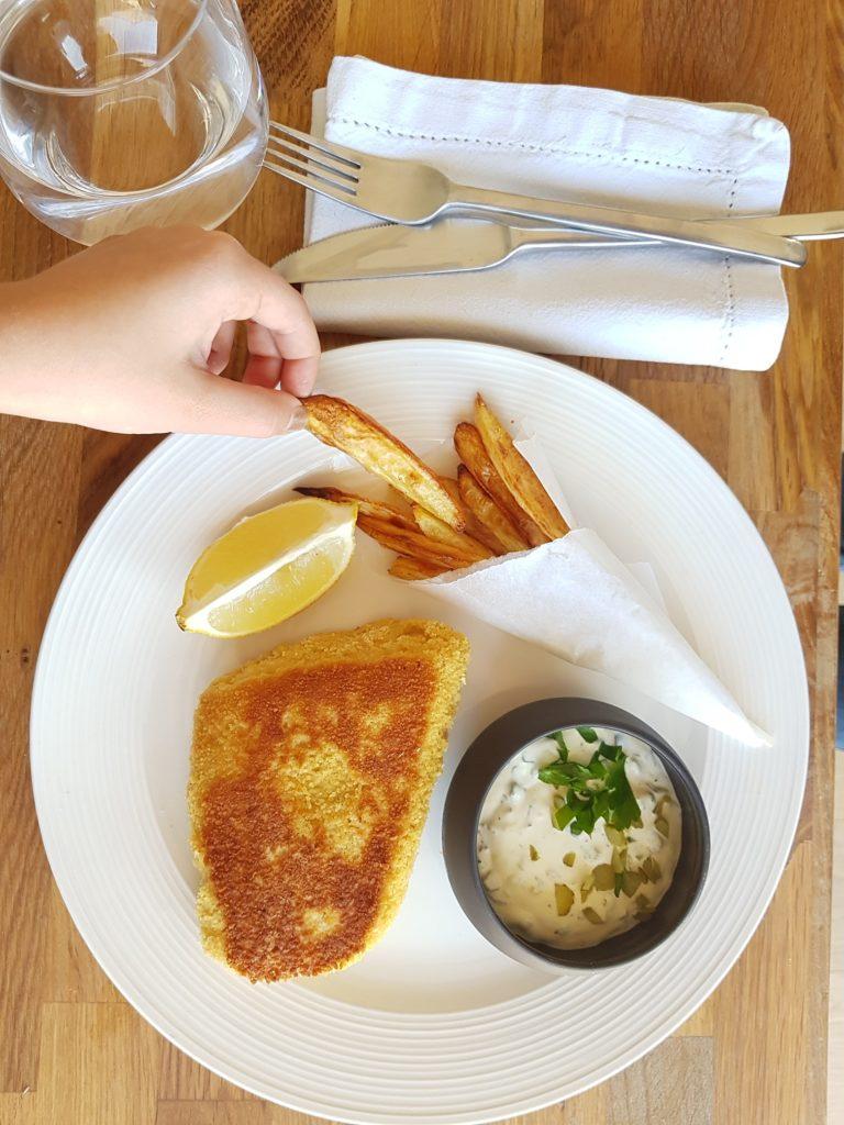 fFish ans chips, sauce tartare