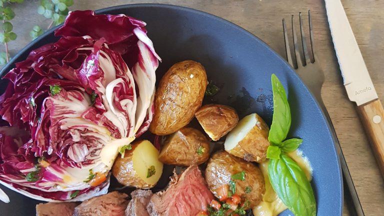 Côte de bœuf à plancha, sauce chimichouri et trévise
