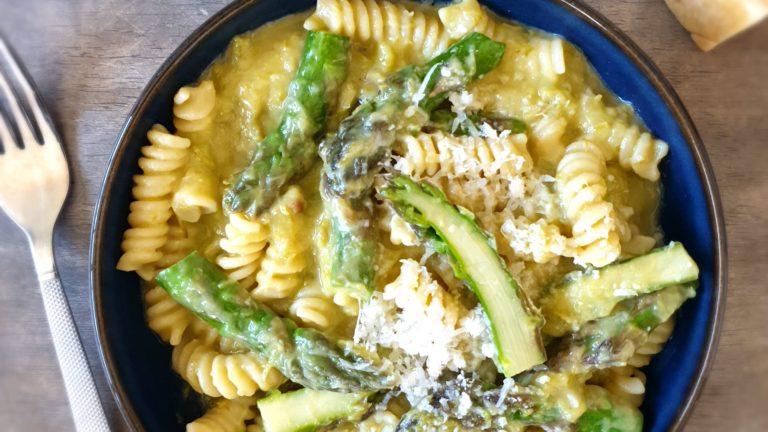 Pâtes crémeuses aux asperges et parmesan